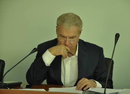 http://kaletnik.com.ua/img/20065 вч.рада-1.jpg